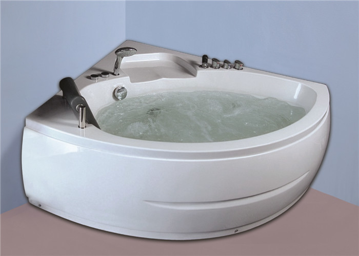 Seamless Whirlpool Soaking Tub , Whirlpool Freestanding Tub Quadrant Shape